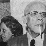 1973. O crítico de arte Paulo Mendes de Almeida e sua esposa na exposição Aldir: 10 anos de Cafezais