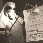 1972. Protesto contra critério de seleção através de sorteio na 6ª Exposição Jovem Arte Contemporânea do MAC-USP